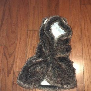 Gymboree Faux Fur Vest w/ hoodie & ears!!